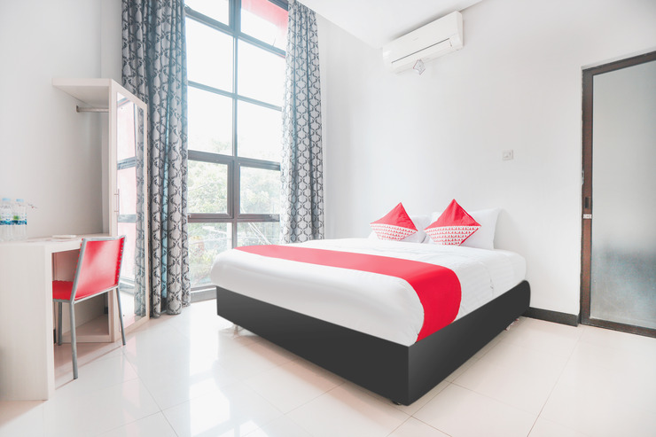 OYO 148 Cempaka Place Homestay Near Jakarta Islamic Hospital Jakarta - Bedroom Su/D