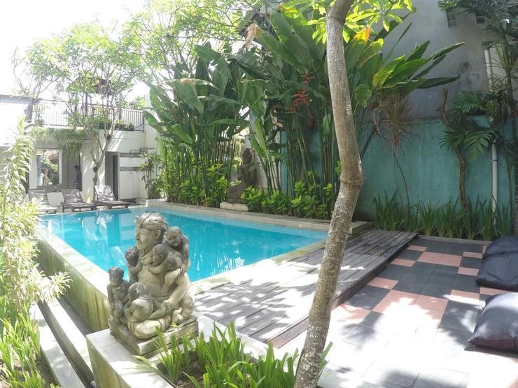Kuta Beach Hostel Bali - exterior