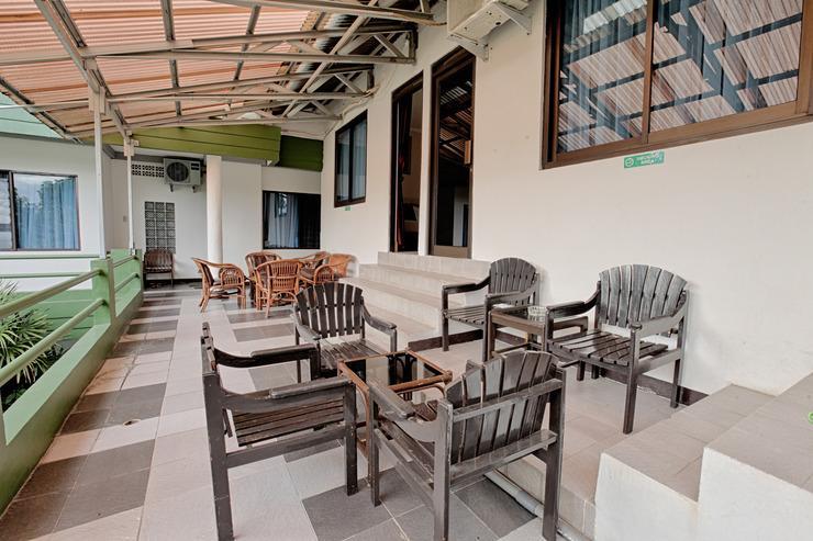Wisma Pakuan Syariah Hotel Bogor - TERRACE