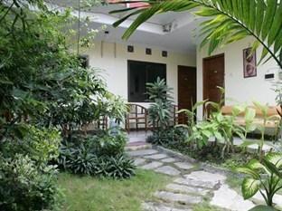 Sabana Homestay Yogyakarta - Taman