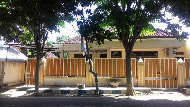 Dian Guest House Banyuwangi - Facade