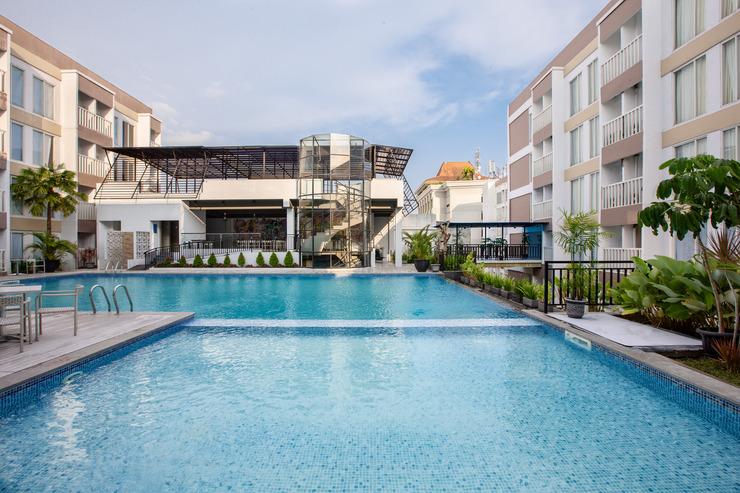 Sahid Raya Yogyakarta Hotel & Convention Yogyakarta - Kolam Renang