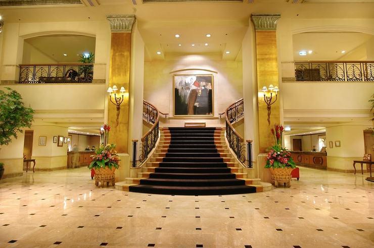 Hotel Borobudur Jakarta - Lobby
