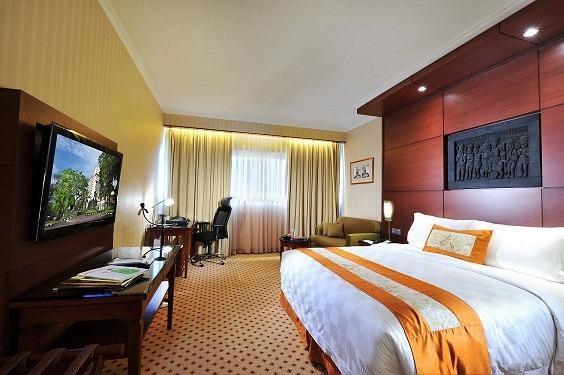 Hotel Borobudur Jakarta - Superior Room