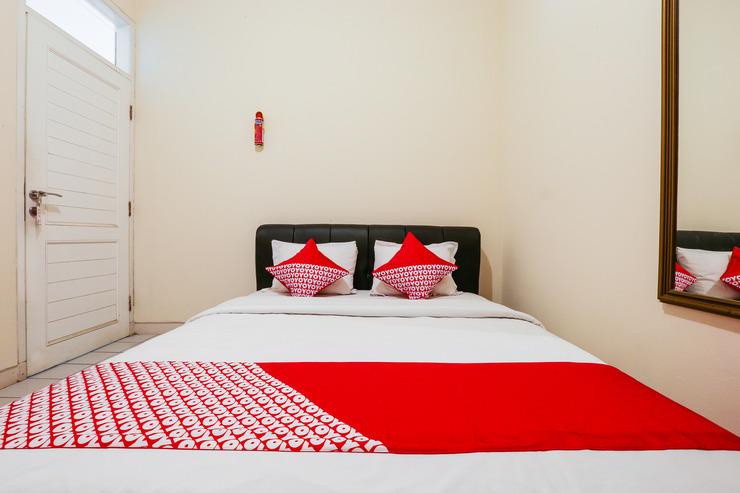 OYO 610 Cisitu Valley Villa Syariah Bandung - bedroom