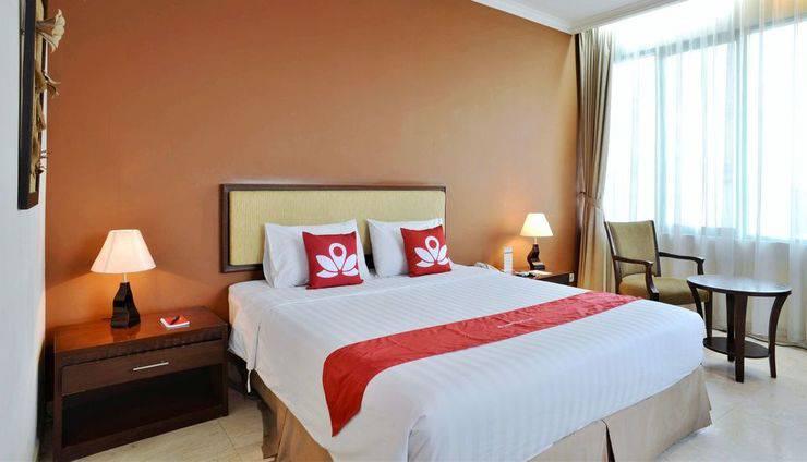 ZEN Rooms near Grand Indonesia Mall Jakarta - Tempat tidur double