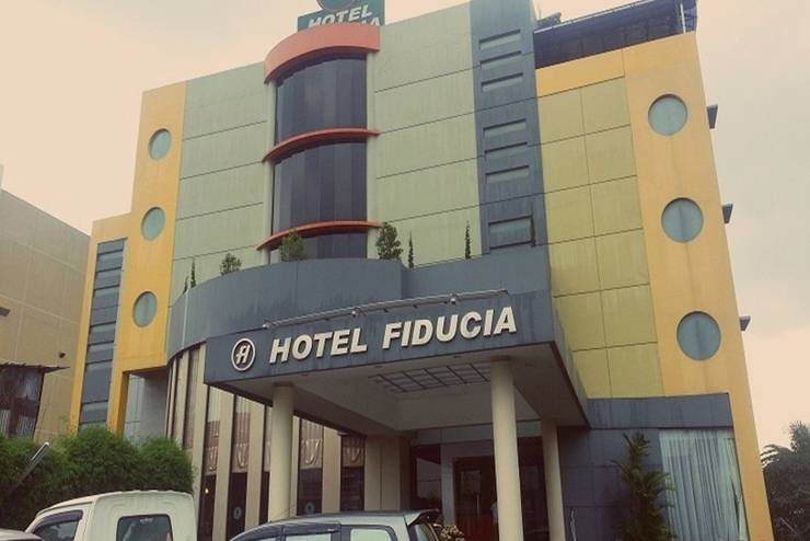 Hotel Fiducia Serpong - Tampilan Luar Hotel