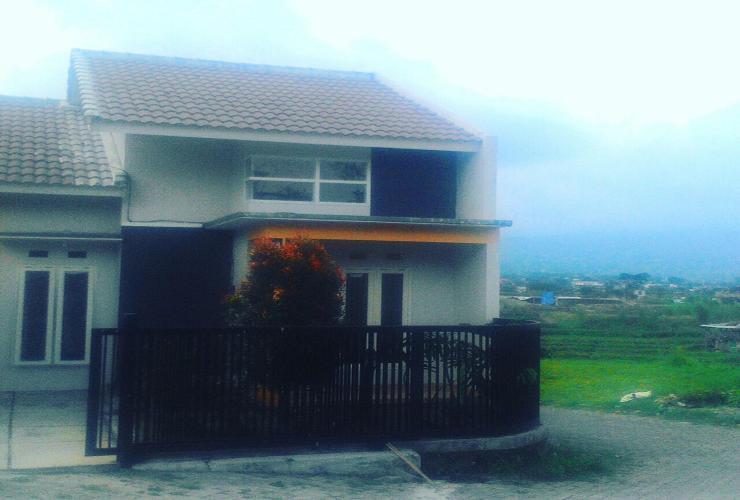 Villa Hoky Malang - villa