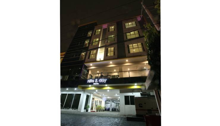 Nite & Day Surabaya - Gunungsari Surabaya - Exterior