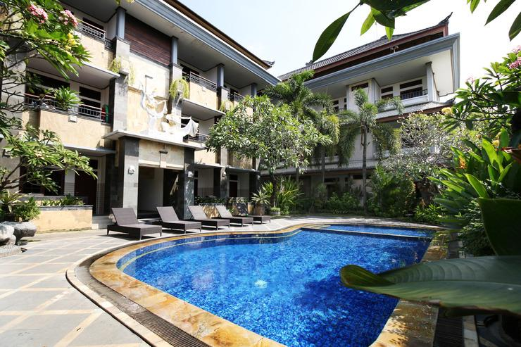 Airy Kuta Poppies Lane Dua Benesari Bali - Swimming Pool