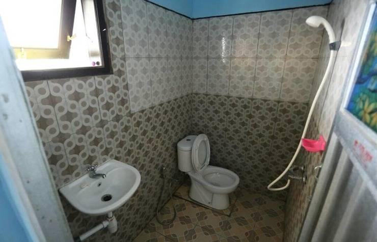 Batuque Town Villa Malang - Bathroom