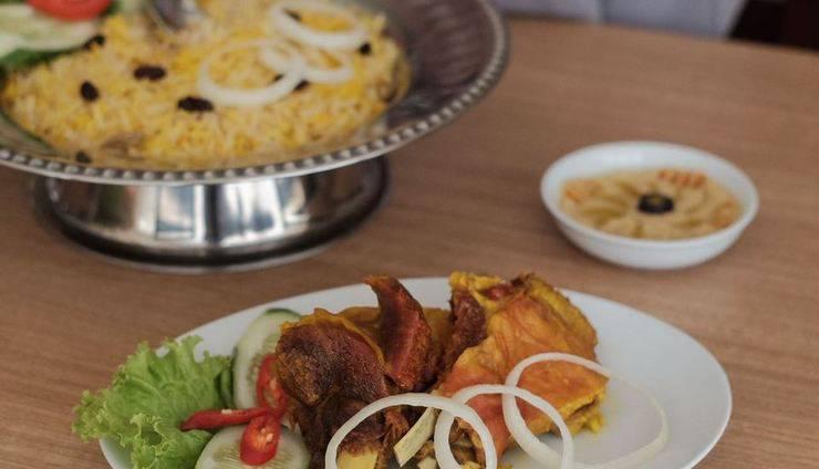 Namira Syariah Surabaya Hotel Surabaya - Al-Arush Restaurant