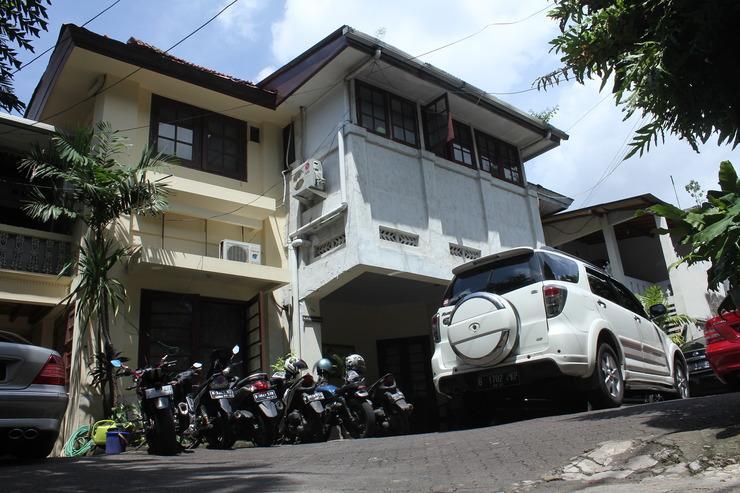 OYO 146 Menteng Residence Jakarta - Facade