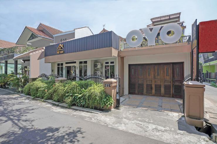 OYO 646 KVInn Kostel Yogyakarta - Facade