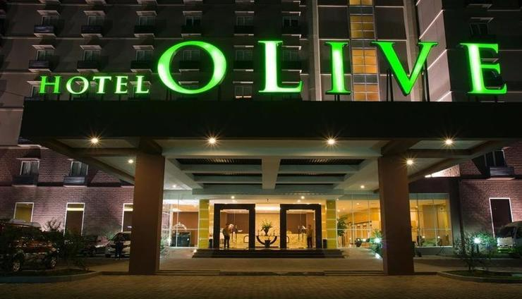 Hotel Olive Tangerang - Exterior