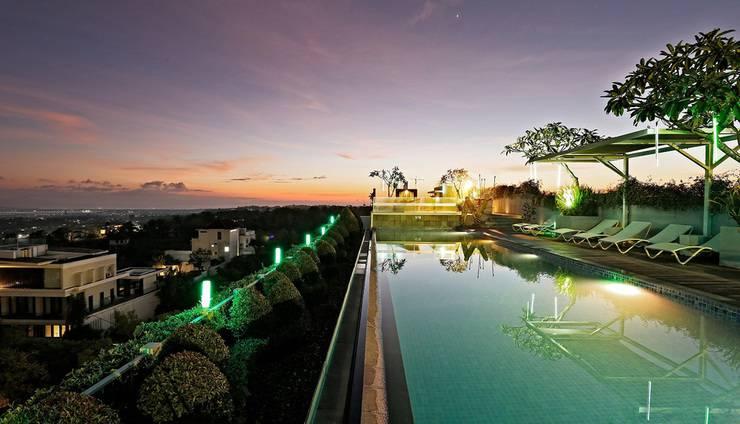 MaxOne Hotels Bukit Jimbaran - Bar atap