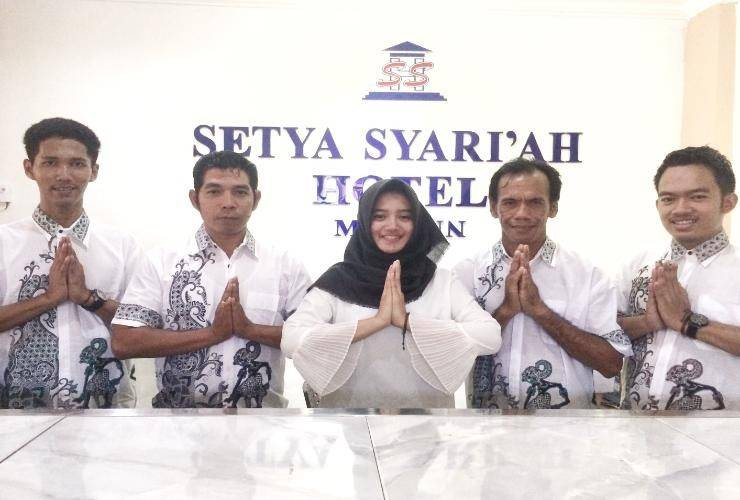 Setya Syariah Hotel Madiun - Reception