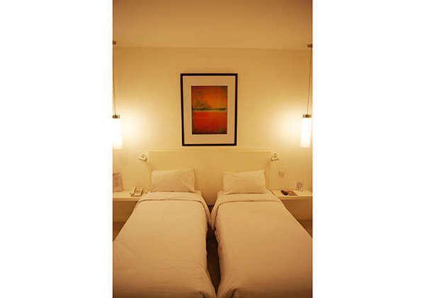 The Plaza Hotel Glodok - Twin Superior Room