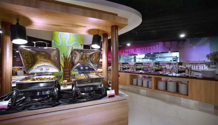 Fave Hotel Cililitan - Restaurant