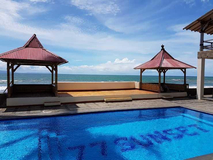 77 Sunset Plaza Hotel Sukabumi - Swimming Pool