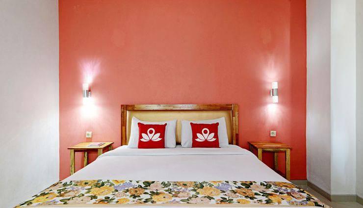 ZenRooms Malioboro Sosrowijayan Sosromenduran - Tampak tempat tidur double