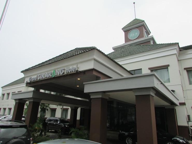 Grand Cikarang Hotel Bekasi - Exterior