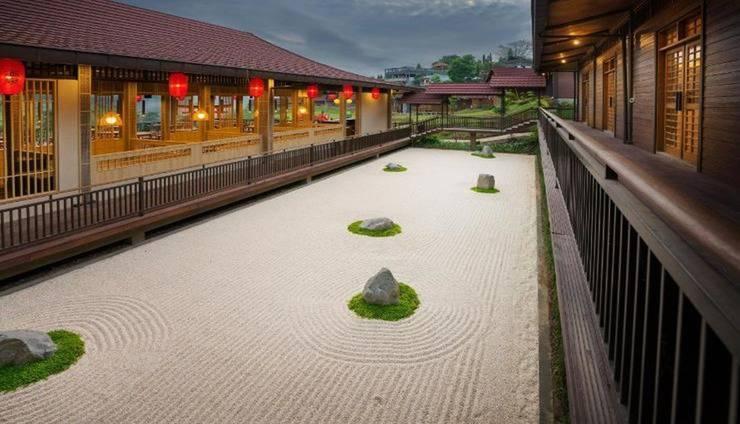 The Onsen Hot Spring Resort Malang - Exterior
