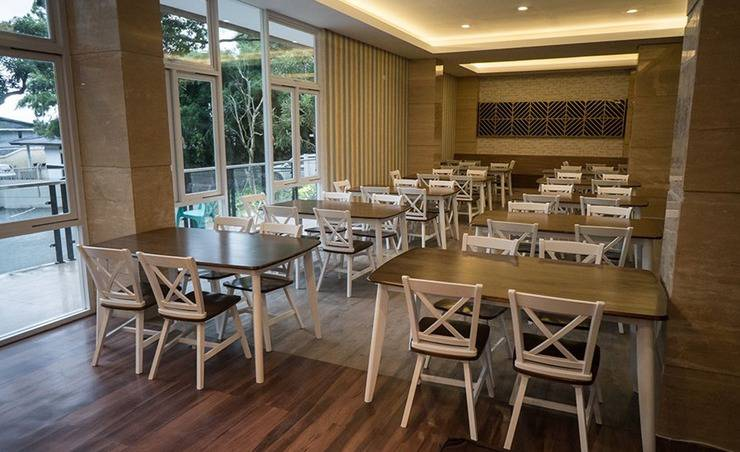 Novena Hotel Bandung Bandung - Restaurant
