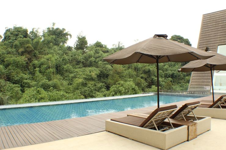 The Green Forest Resort Bandung - Rooftop Pool