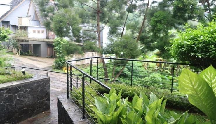 Villa Babeh Bandung - exterior