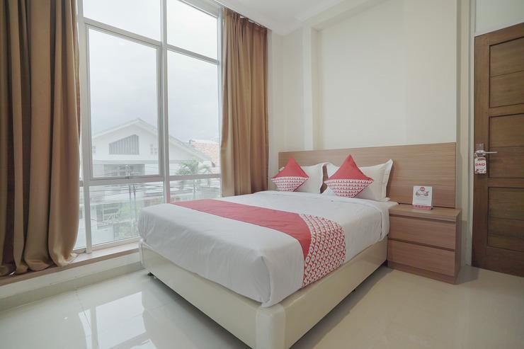 OYO 415 The Kartini 8 Residence Near RSUD Sawah Besar Jakarta - Bedroom