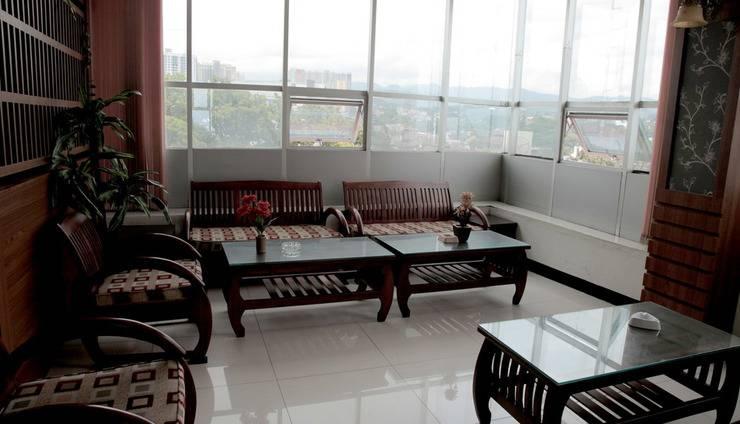 Hotel Cihampelas 3 Bandung - smoking room