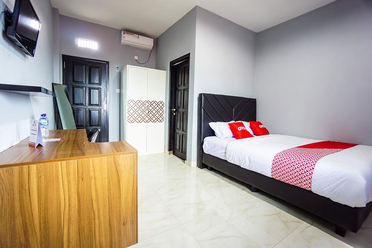 OYO 1680 Hanna Residence Manado - Guestroom