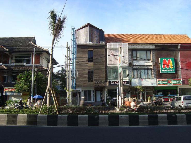 Bali Caps Hostel Bali - Facade