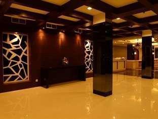 Emilia Hotel by Amazing Palembang - Lobi