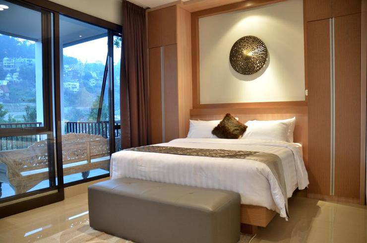 6 BR Pool Villa Dago Hill View 2 Bandung - Guest room