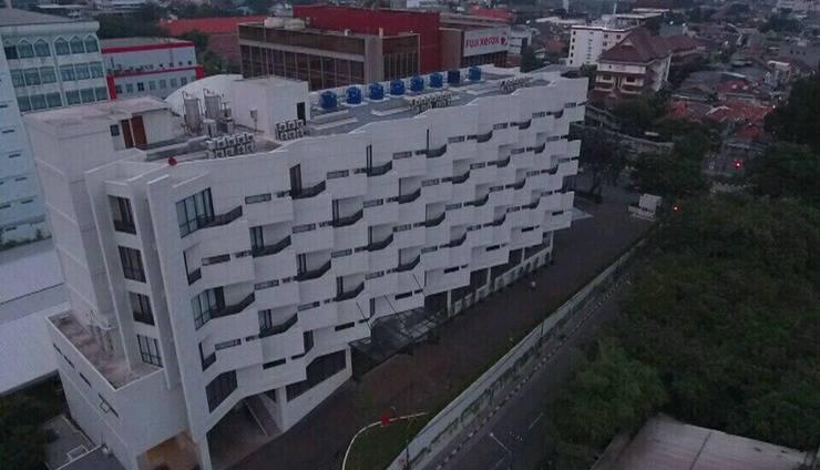 Rivoli Hotel Jakarta - posisi hotel yang di huk antara jalan kramat raya dan sentiong