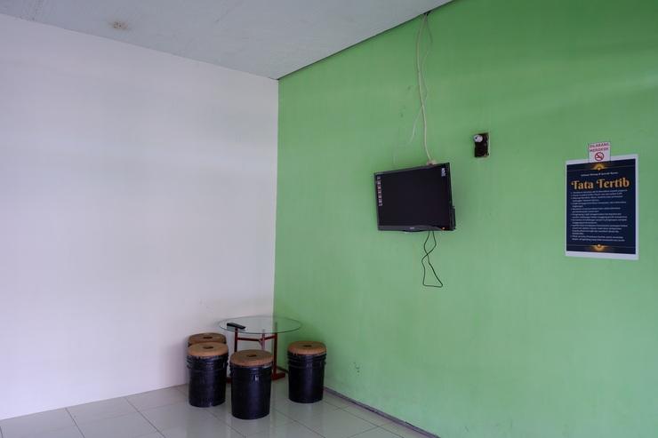 Tombro Homestay Syariah Malang - other