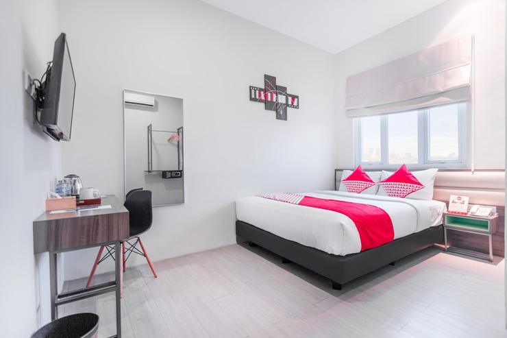 OYO 537 Versa Hotel Bekasi - Bed Room