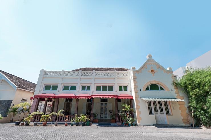 OYO 1534 Damai Residence Semarang - Facade