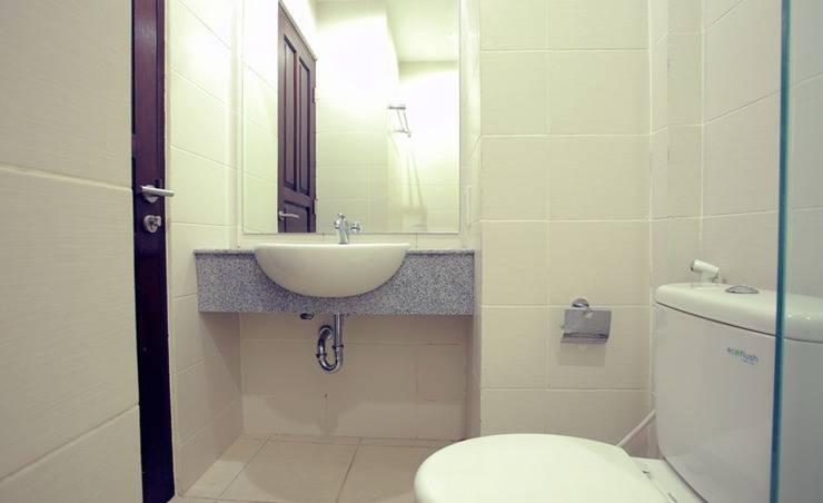 RedDoorz @Nakula Dewi Sri Bali - Bathroom