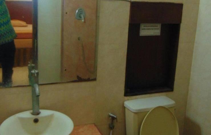 Hotel Suka Marem Solo - Wastafel