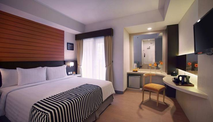 Ara Hotel Gading Serpong - Double Bed