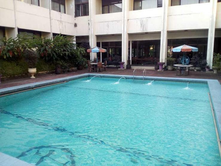Hotel Istana Bandung Bandung - Pool