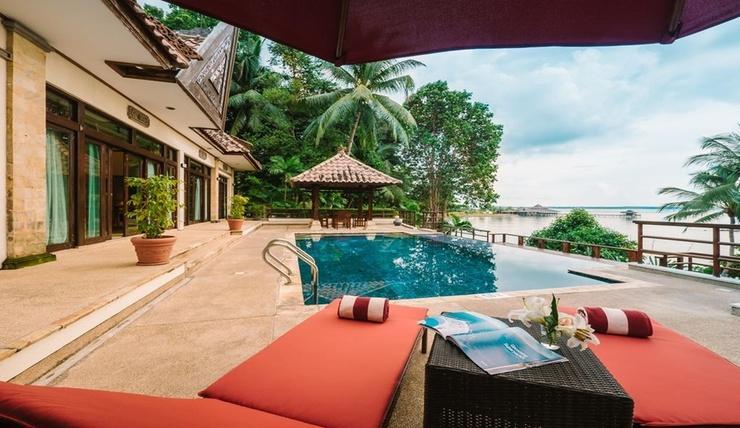Indra Maya Villa Bintan - Pool