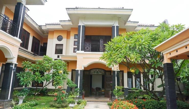 Green Surabaya Homey Surabaya - Exterior