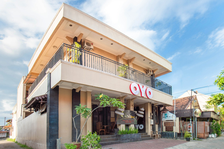 OYO 836 Oasis Hotel Yogyakarta - Facade
