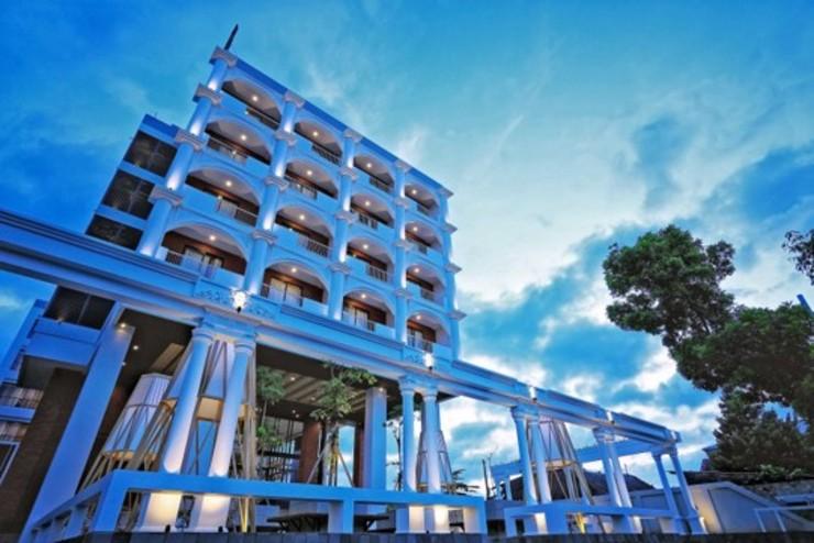 Patra Malioboro Hotel Yogyakarta - Building