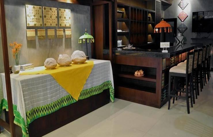 Metro House Surabaya - Restoran