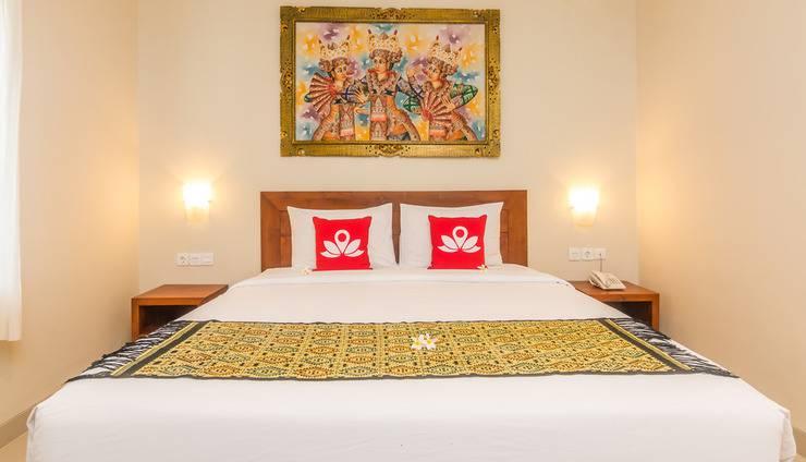 ZEN Premium Sanur Danau Tamblingan 3 Bali - Tampak tempat tidur double